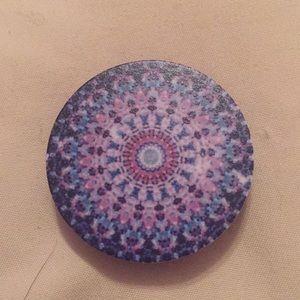 Accessories - NWOT purple and blue designed pop socket
